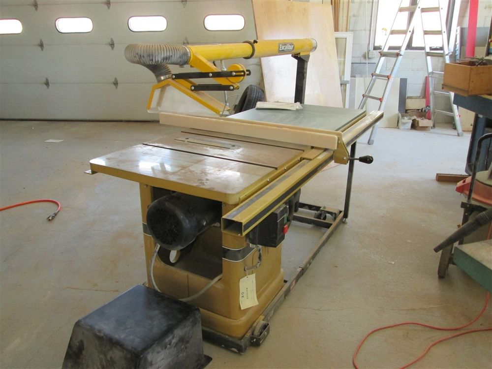 Powermatic Model 66 Table Saw with Optional Extension Table