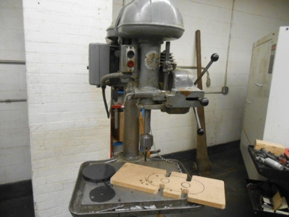 Walker Turner Drill Press Model D1101 20 Quot Floor Model