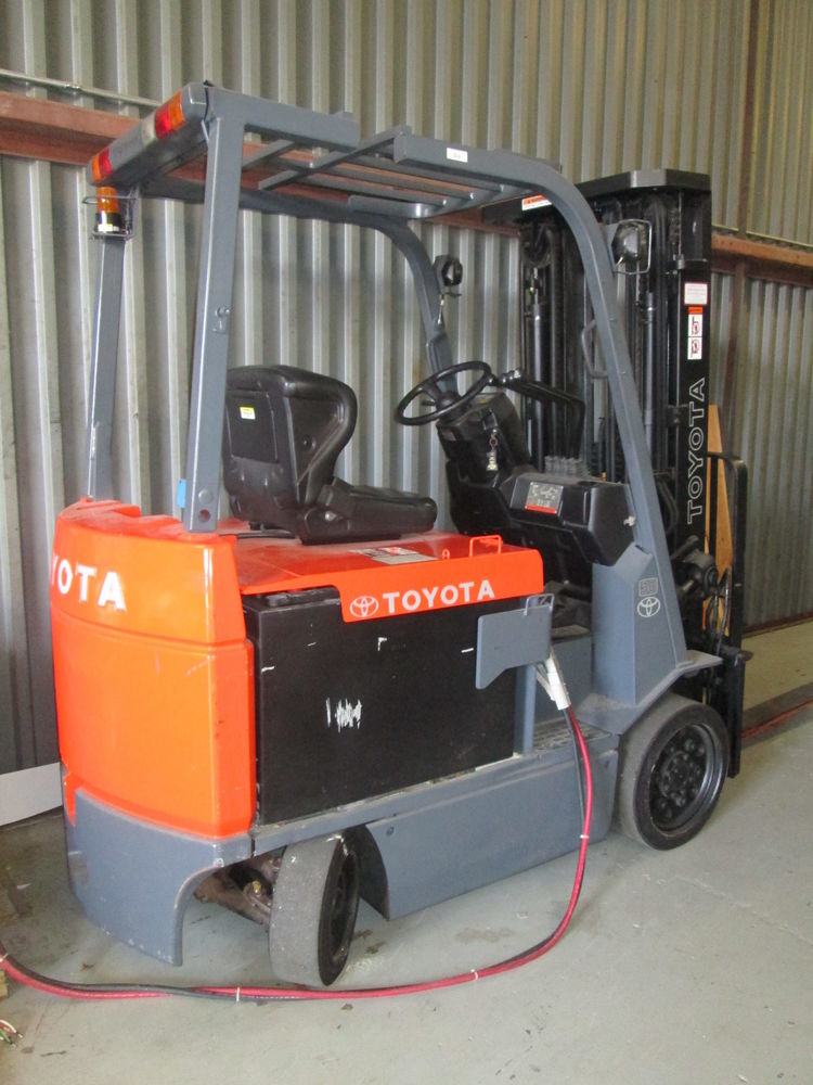 Power Tool Rental >> Toyota Forklift