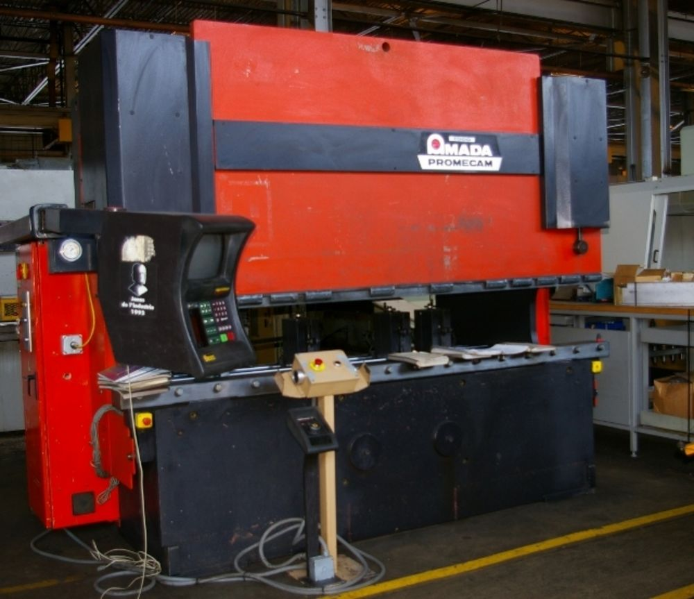 Amada Model HFB0 1703 187 Ton 4 Axis Hydraulic CNC